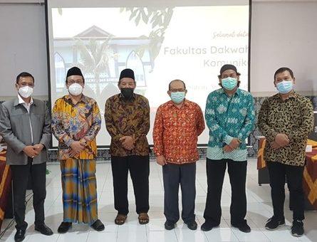 Dua Sanad Kiai-Kiai Nusantara Sedikit Memoar Untuk K. Ng. H. Agus Sunyoto